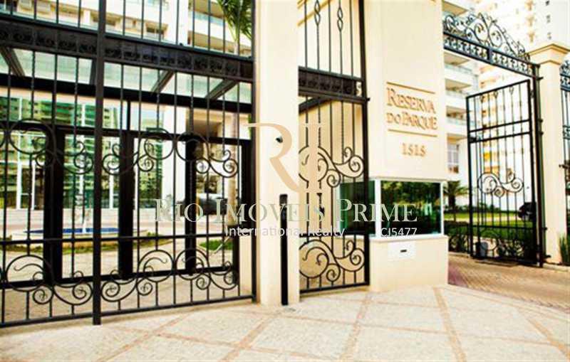 FACHADA - Apartamento 2 quartos à venda Barra Olímpica, Rio de Janeiro - R$ 750.000 - RPAP20097 - 27
