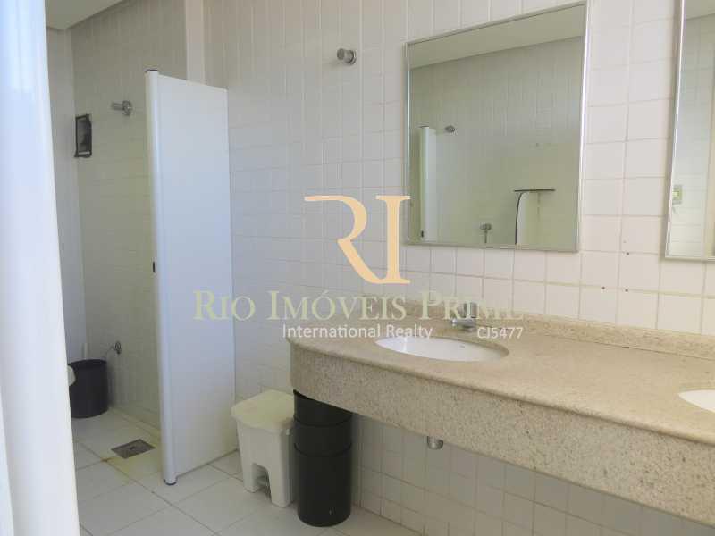 14 BANHEIRO MASCULINO - Andar 359m² para venda e aluguel Avenida Rio Branco,Centro, Rio de Janeiro - R$ 2.706.000 - RPAN00002 - 15