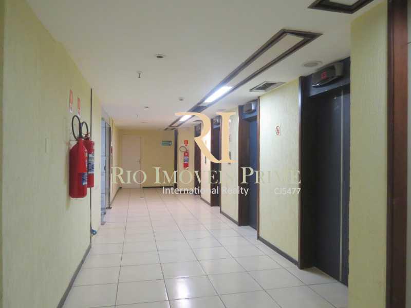 HALL ELEVADORES - Andar 322m² para venda e aluguel Rua Primeiro de Março,Centro, Rio de Janeiro - R$ 2.184.000 - RPAN00005 - 19