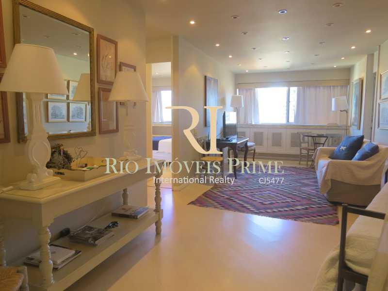 SALA - Flat 1 quarto para alugar Leblon, Rio de Janeiro - R$ 4.000 - RPFL10069 - 4