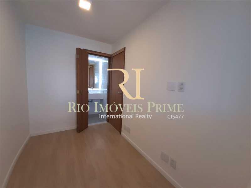 QUARTO3 - SUÍTE - Apartamento 3 quartos à venda Barra da Tijuca, Rio de Janeiro - R$ 899.000 - RPAP30131 - 16