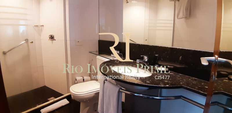 BANHEIRO - Flat Para Venda ou Aluguel - Barra da Tijuca - Rio de Janeiro - RJ - RPFL10075 - 12