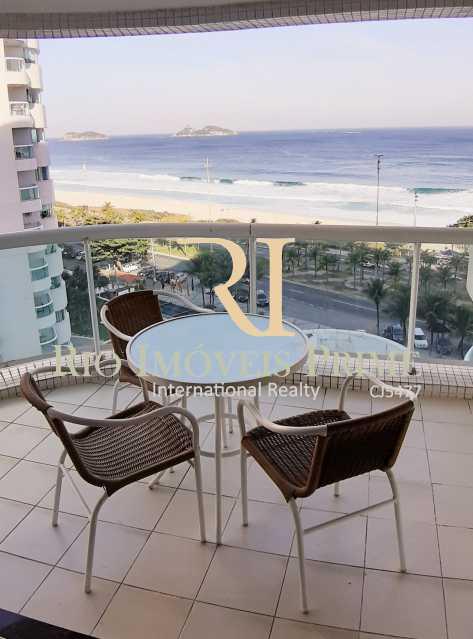 VARANDA 7 - Flat Para Venda ou Aluguel - Barra da Tijuca - Rio de Janeiro - RJ - RPFL10075 - 9
