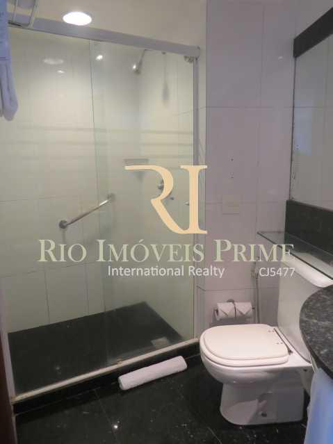 BANHEIRO - Flat 1 quarto à venda Barra da Tijuca, Rio de Janeiro - R$ 419.900 - RPFL10084 - 12