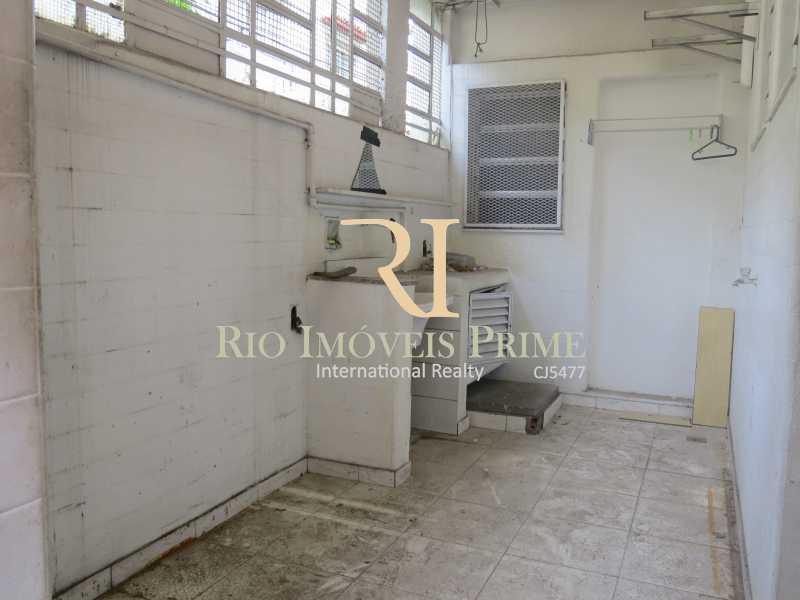 ÁREA SERVIÇO FUNDOS - Prédio 414m² para venda e aluguel Rua Caruso,Tijuca, Rio de Janeiro - R$ 930.000 - RPPR00003 - 9