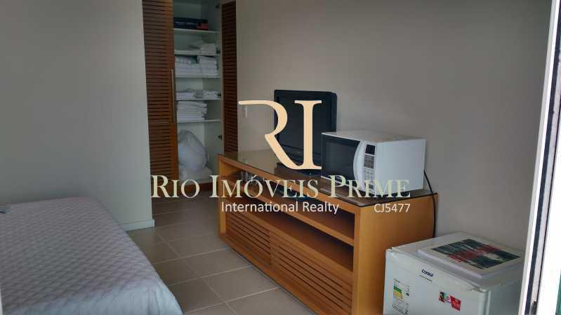 MICROONDAS, FRIGOBAR, TV - Flat 1 quarto para alugar Barra da Tijuca, Rio de Janeiro - R$ 2.300 - RPFL10088 - 10