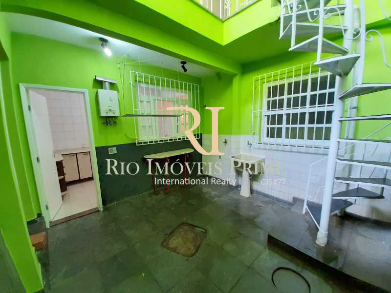ÁREA EXTERNA - Casa à venda Rua Gonçalves,Santa Teresa, Rio de Janeiro - R$ 480.000 - RPCA30003 - 11