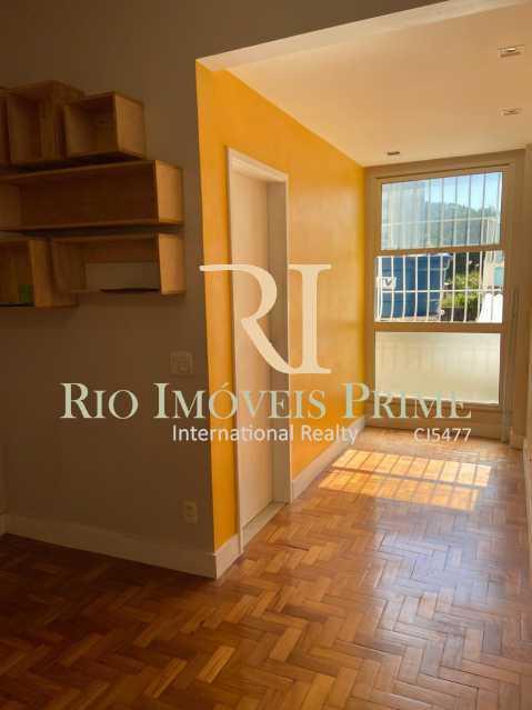 SALA - Apartamento para alugar Rua das Laranjeiras,Laranjeiras, Rio de Janeiro - R$ 2.600 - RPAP10055 - 5