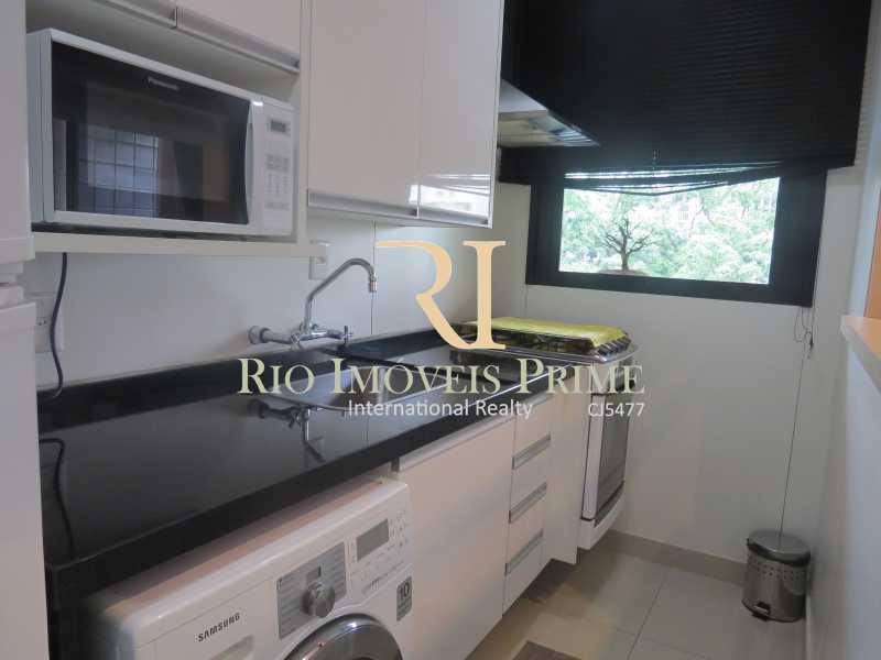 8 COZINHA - Flat 2 quartos para venda e aluguel Ipanema, Rio de Janeiro - R$ 1.999.990 - RPFL20010 - 9