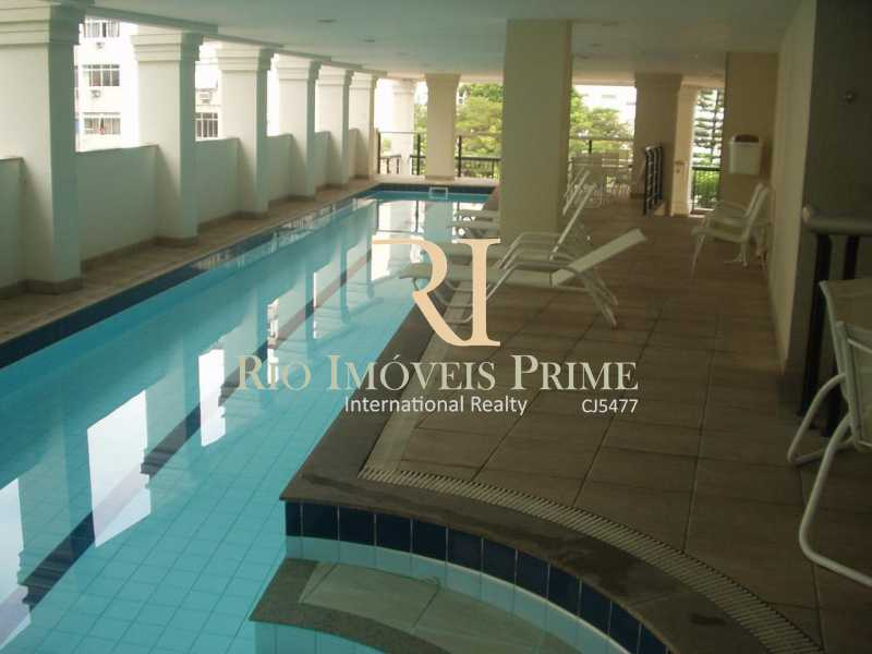 PISCINA COM RAIA - Flat 1 quarto à venda Laranjeiras, Rio de Janeiro - R$ 620.000 - RPFL10091 - 16