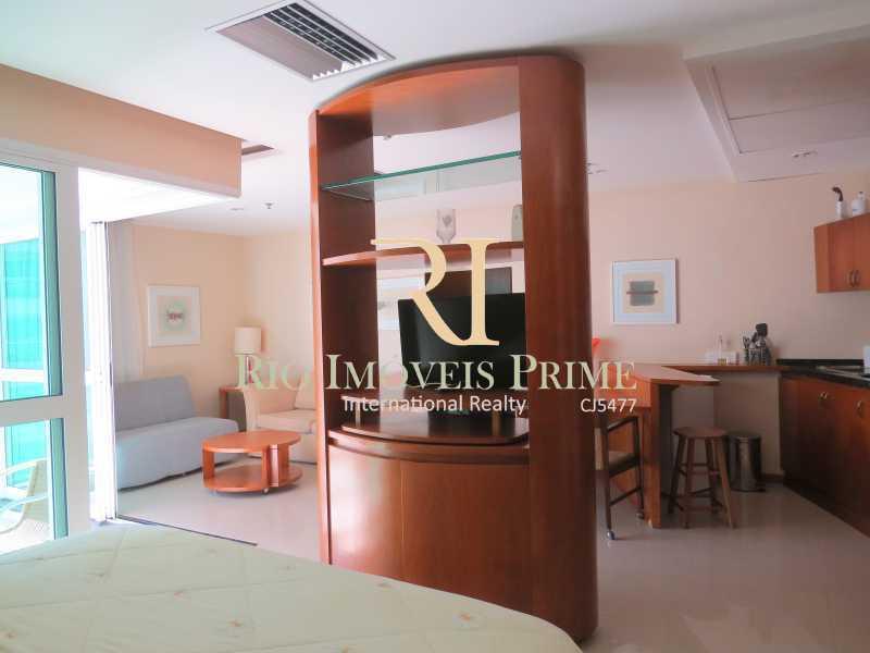 RACK COM BASE GIRATÓRIA - Flat 1 quarto à venda Barra da Tijuca, Rio de Janeiro - R$ 749.900 - RPFL10092 - 10