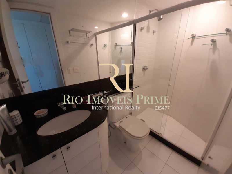 BANHEIRO SUÍTE2 - Flat 2 quartos à venda Barra da Tijuca, Rio de Janeiro - R$ 1.999.900 - RPFL20033 - 15