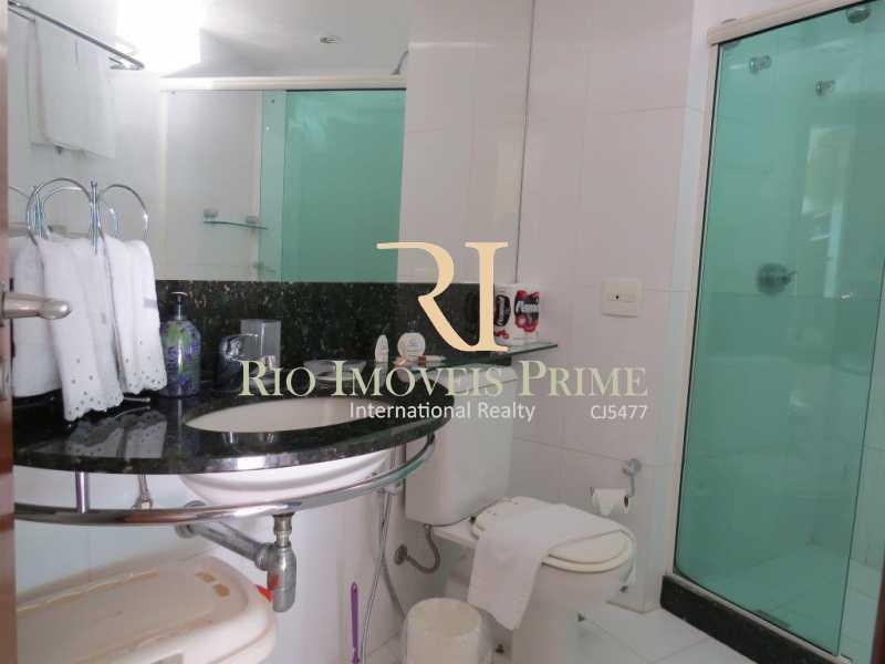 BANHEIRO - Flat Para Venda e Aluguel - Barra da Tijuca - Rio de Janeiro - RJ - RPFL10007 - 9