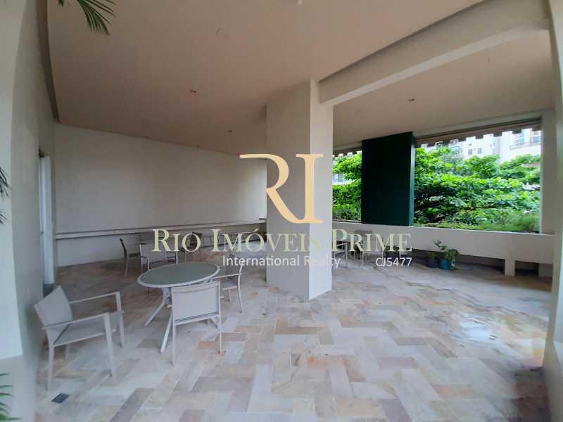 ÁREA EXTERNA - Flat 1 quarto à venda Botafogo, Rio de Janeiro - R$ 690.000 - RPFL10100 - 24