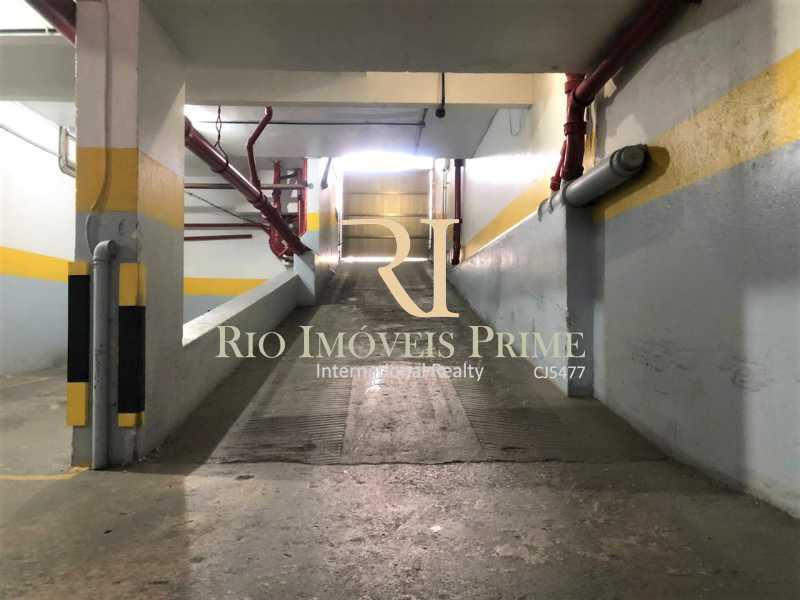 19 GARAGEM. - Apartamento à venda Rua General Polidoro,Botafogo, Rio de Janeiro - R$ 799.900 - RPAP20213 - 20