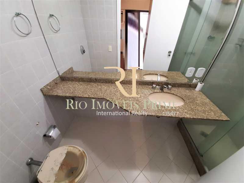 BANHEIRO SUÍTE - Apartamento à venda Rua Araújo Pena,Tijuca, Rio de Janeiro - R$ 549.990 - RPAP20215 - 9