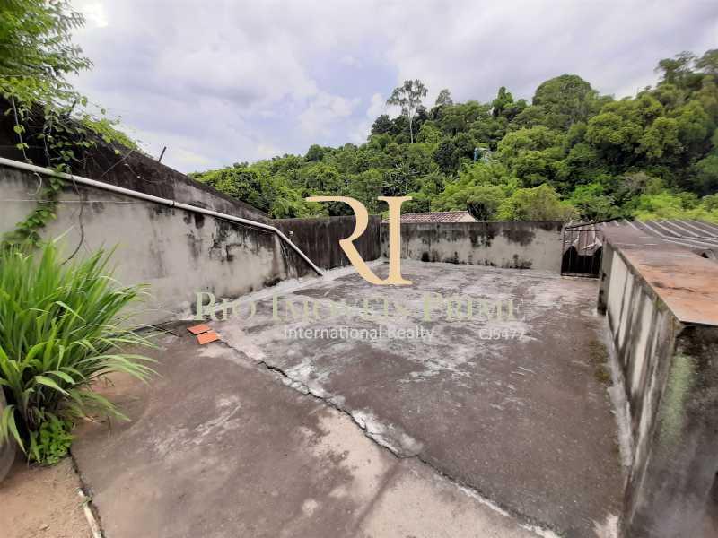 TERRAÇO FUNDOS - Casa 3 quartos à venda Taquara, Rio de Janeiro - R$ 899.990 - RPCA30004 - 21