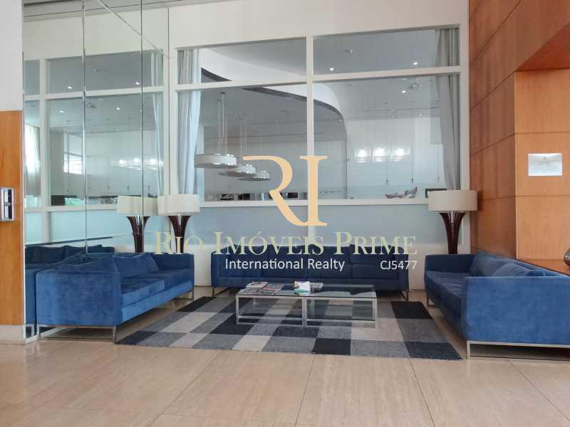 LOBBY - Flat 1 quarto à venda Glória, Macaé - R$ 85.000 - RPFL10104 - 9