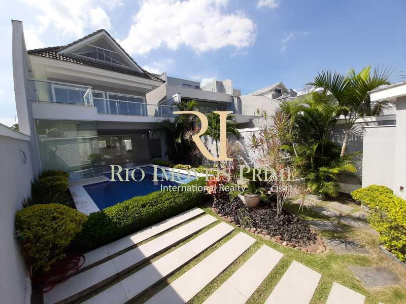 ÁREA EXTERNA - Casa em Condomínio 5 quartos à venda Recreio dos Bandeirantes, Rio de Janeiro - R$ 1.750.000 - RPCN50003 - 1