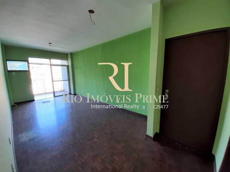 SALA - Apartamento à venda Rua da Cascata,Tijuca, Rio de Janeiro - R$ 300.000 - RPAP20228 - 4