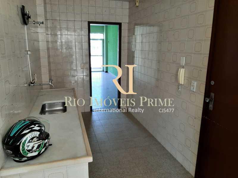 COZINHA - Apartamento à venda Rua da Cascata,Tijuca, Rio de Janeiro - R$ 300.000 - RPAP20228 - 14