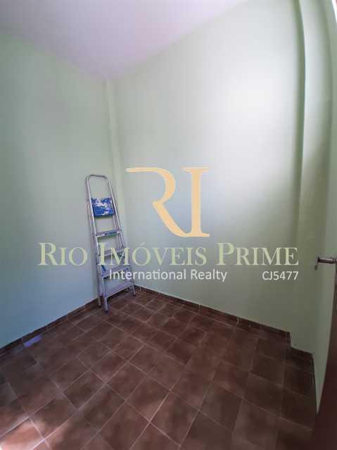 QUARTO SERVIÇO - Apartamento à venda Rua da Cascata,Tijuca, Rio de Janeiro - R$ 300.000 - RPAP20228 - 17