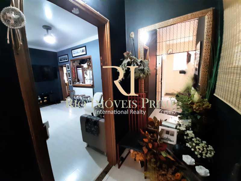 HALL DE ENTRADA - Apartamento à venda Rua Barão de Mesquita,Tijuca, Rio de Janeiro - R$ 380.000 - RPAP20232 - 3
