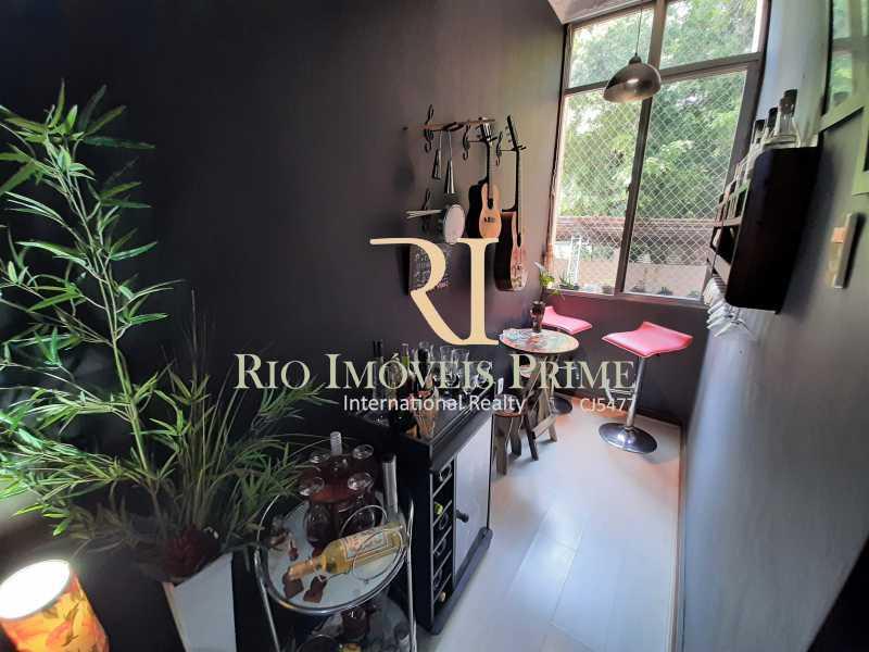 SALA - Apartamento à venda Rua Barão de Mesquita,Tijuca, Rio de Janeiro - R$ 380.000 - RPAP20232 - 7