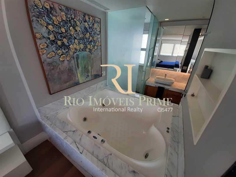 HIDROMASAGEM SUÍTE PRINCIP - Cobertura para venda e aluguel Rua Ramon Franco,Urca, Rio de Janeiro - R$ 9.000.000 - RPCO50001 - 12