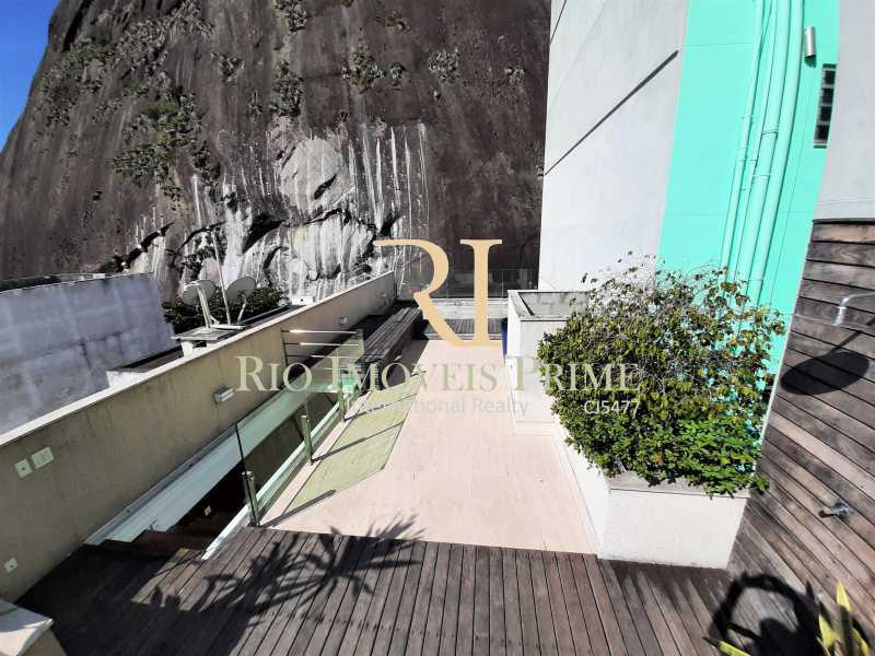 TERRAÇO - Cobertura para venda e aluguel Rua Ramon Franco,Urca, Rio de Janeiro - R$ 9.000.000 - RPCO50001 - 26