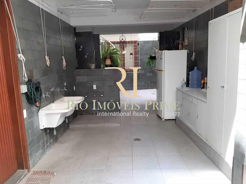 ÁREA EXTERNA - Casa de Vila à venda Rua Dona Delfina,Tijuca, Rio de Janeiro - R$ 1.950.000 - RPCV50002 - 28