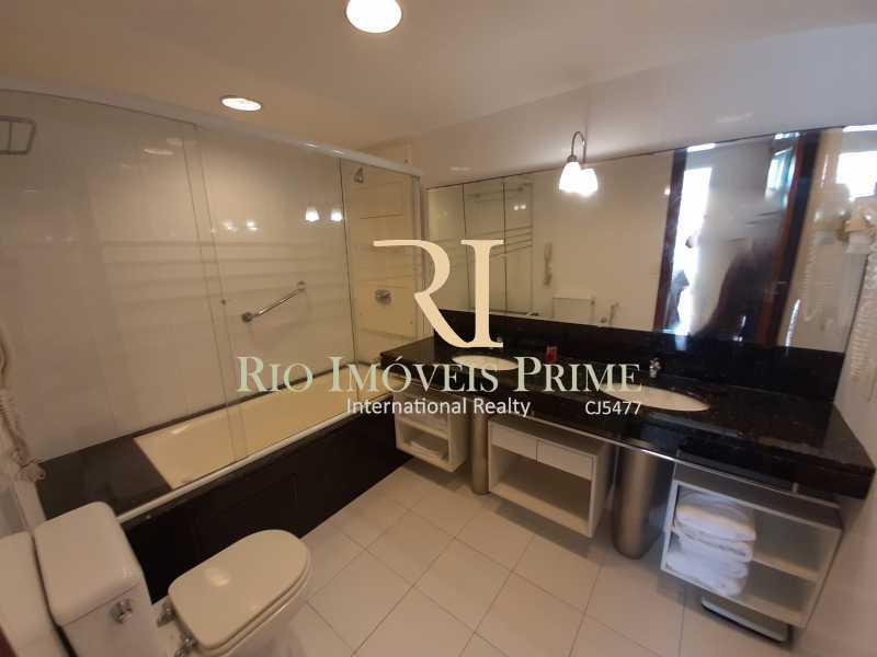 BANHEIRO - Flat 1 quarto à venda Barra da Tijuca, Rio de Janeiro - R$ 849.900 - RPFL10106 - 16