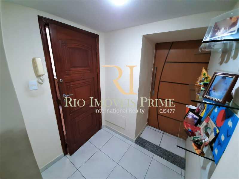 HALL ENTRADA - Apartamento à venda Rua André Cavalcanti,Centro, Rio de Janeiro - R$ 419.900 - RPAP20237 - 5