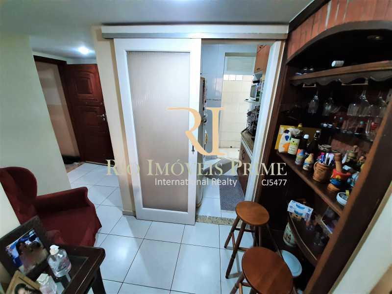 HALL ENTRADA - Apartamento à venda Rua André Cavalcanti,Centro, Rio de Janeiro - R$ 419.900 - RPAP20237 - 6