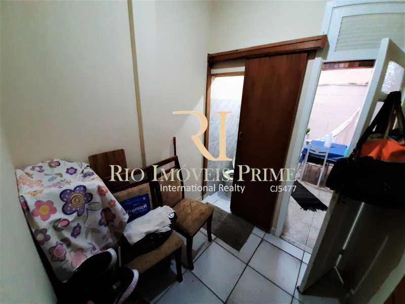 QUARTO SERVIÇO - Apartamento à venda Rua André Cavalcanti,Centro, Rio de Janeiro - R$ 419.900 - RPAP20237 - 16