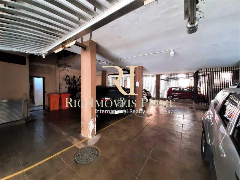 VAGA GARAGEM - Apartamento à venda Rua André Cavalcanti,Centro, Rio de Janeiro - R$ 429.900 - RPAP20237 - 18