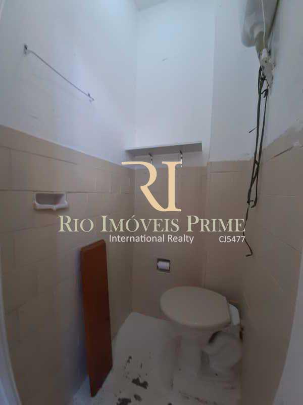 BANHEIRO SERVIÇO - Apartamento para venda e aluguel Rua Engenheiro Ernani Cotrim,Tijuca, Rio de Janeiro - R$ 410.000 - RPAP20240 - 18