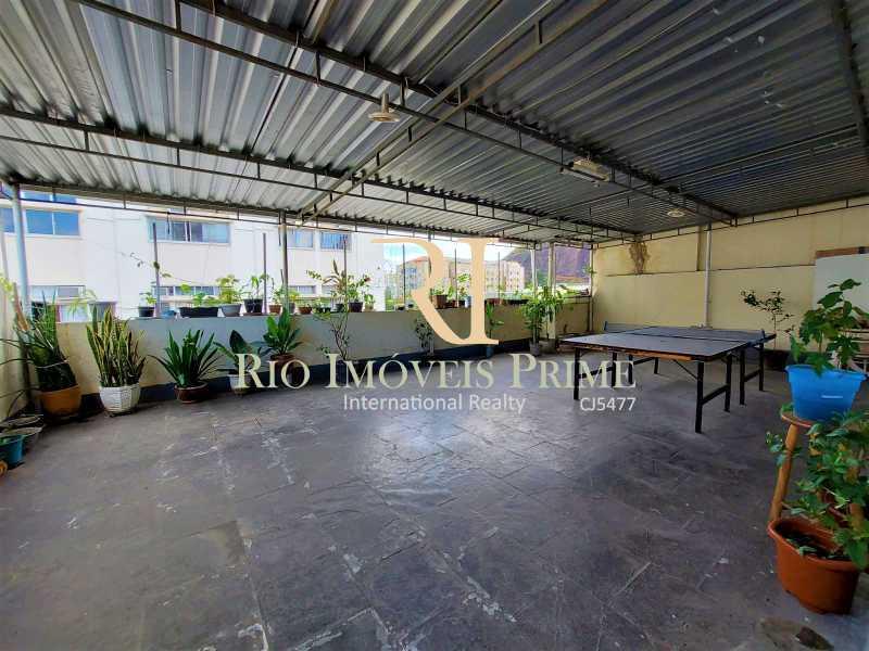 TERRAÇO CONDOMÍNIO. - Apartamento à venda Rua Visconde de Figueiredo,Tijuca, Rio de Janeiro - R$ 360.000 - RPAP10062 - 21