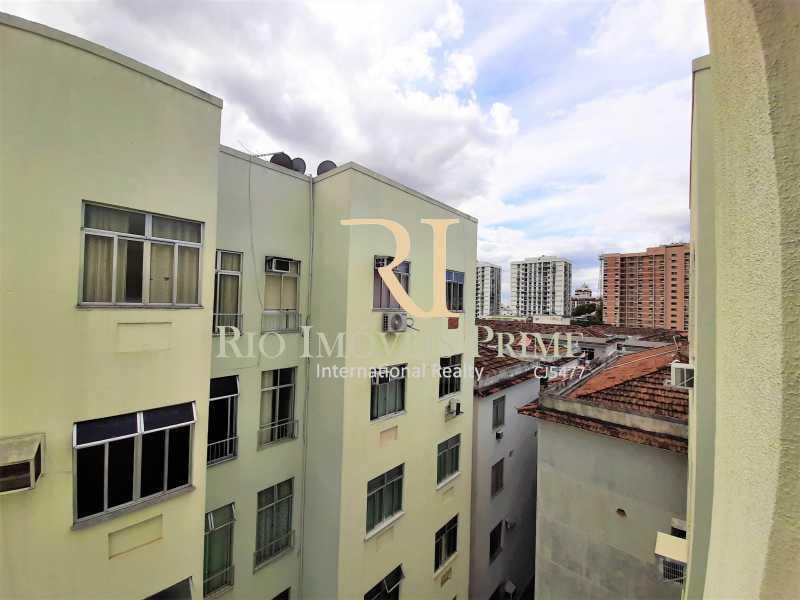 VISTA QUARTO2 - Apartamento à venda Rua Nossa Senhora de Lourdes,Grajaú, Rio de Janeiro - R$ 300.000 - RPAP20250 - 12