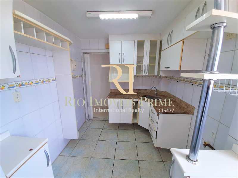 COZINHA - Apartamento à venda Rua Nossa Senhora de Lourdes,Grajaú, Rio de Janeiro - R$ 300.000 - RPAP20250 - 19