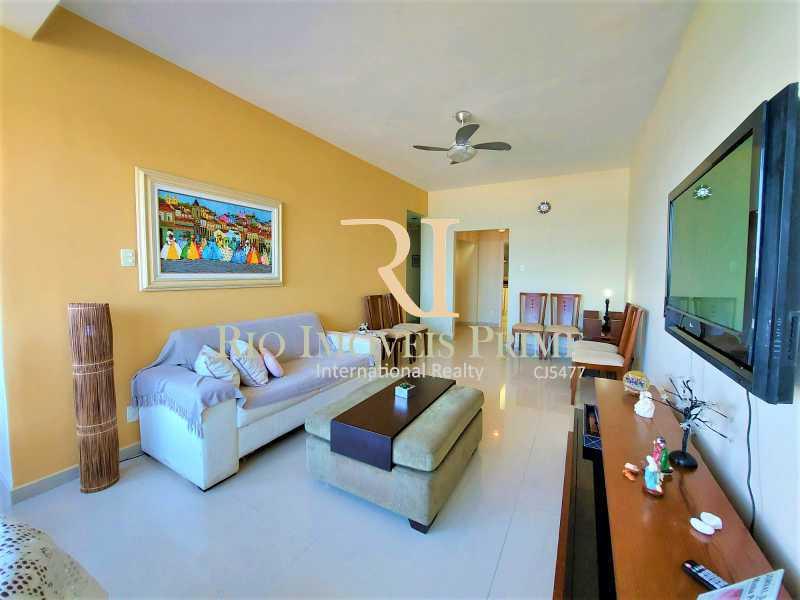 SALA - Apartamento à venda Avenida Pepe,Barra da Tijuca, Rio de Janeiro - R$ 1.800.000 - RPAP30159 - 4