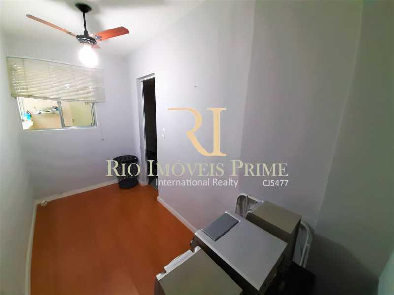 QUARTO DE SERVIÇO - Apartamento à venda Rua Teodoro da Silva,Vila Isabel, Rio de Janeiro - R$ 335.000 - RPAP20253 - 17