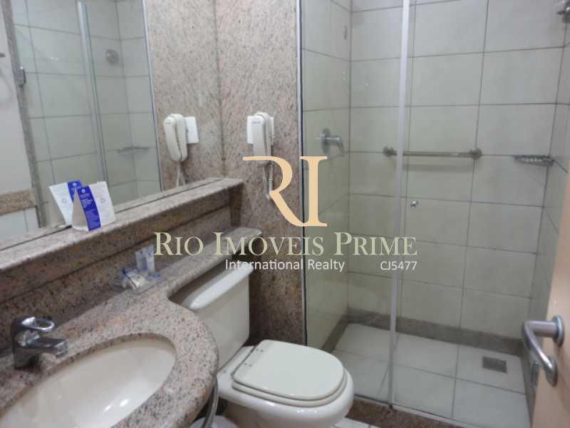 BANHEIRO SUÍTE2 - Flat À Venda - Barra da Tijuca - Rio de Janeiro - RJ - RPFL20011 - 15