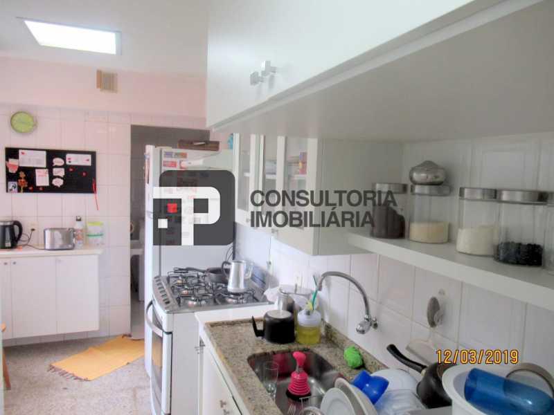 c11 - Apartamento À venda Barra da Tijuca - TPAP20029 - 17