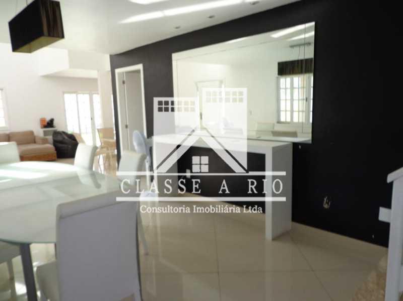 109 - Condomínio Nova Barra R$1.600.000,00 - FRCN40022 - 9