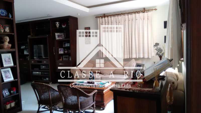 01 - Casa 4 Quartos - Piscina. Mirante da Barra. - FRCN40024 - 24