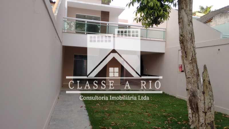 030 - Imperdivel casa em condominio na Freguesia - FRCN50004 - 31