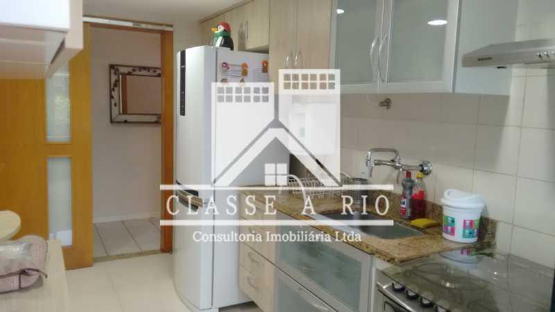 1 - Luxo - Freguesia- Apartamento,101 metros,3 quartos,Dep. Emp.,2 vagas garagem - FRAP30030 - 27