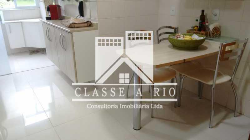 5 - Luxo - Freguesia- Apartamento,101 metros,3 quartos,Dep. Emp.,2 vagas garagem - FRAP30030 - 25