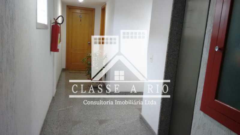 29 - Luxo - Freguesia- Apartamento,101 metros,3 quartos,Dep. Emp.,2 vagas garagem - FRAP30030 - 31